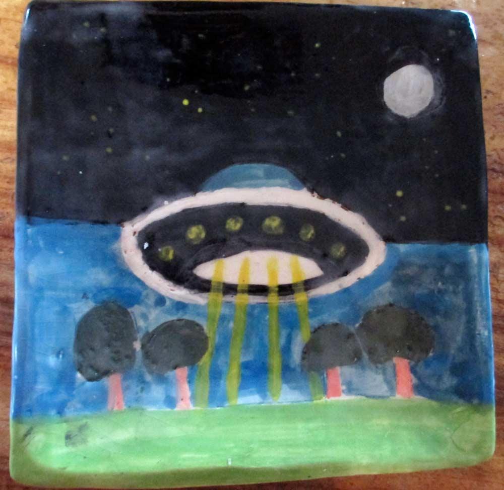 Spaceship ceramic plate zionart mullumbimby studio